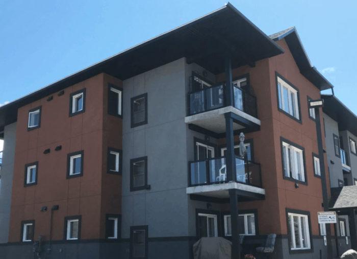 18 Unit Apartment